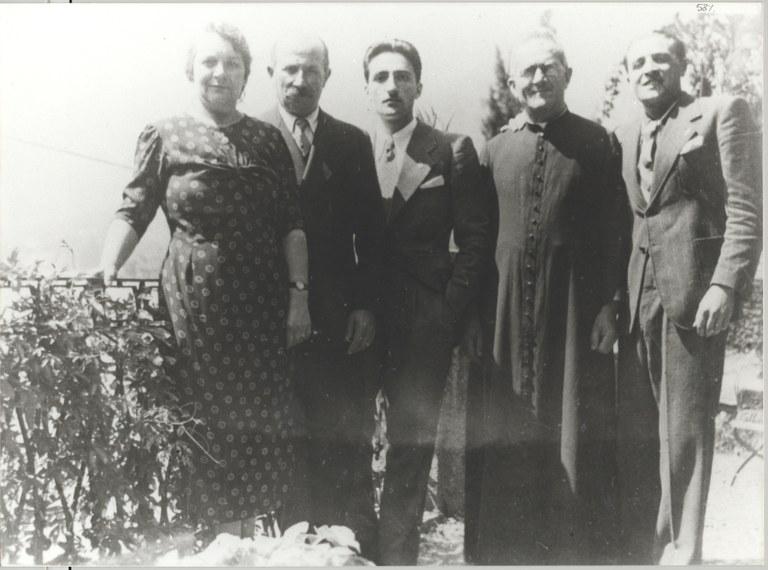 Familien Olivelli, fra venstre Teresius' foreldre, ham selv, hans onkel Msgr Invernizzi og hans bror Carlettore, Tremezzo 1935