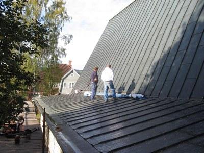 To arbeidere på taket Lillehammer