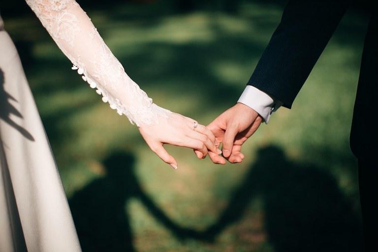 weddings-3225110_960_720.jpg