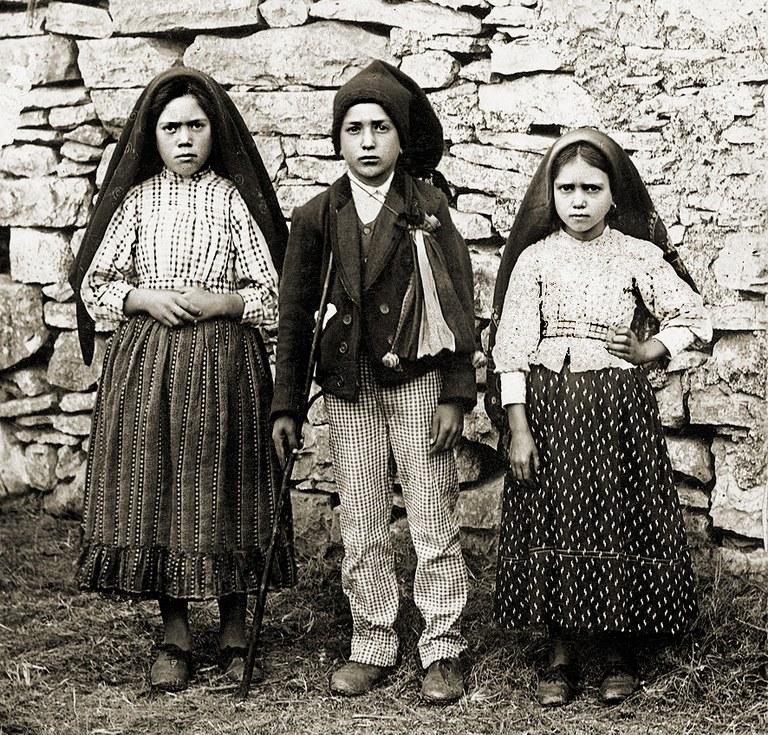 ChildrensofFatima-Wikimedia Commons (002).jpg