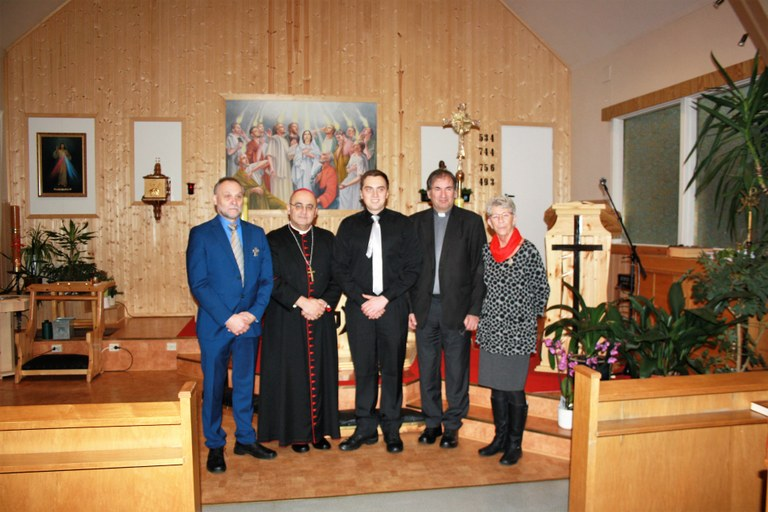Forsamling hellige ånds kirke.jpg