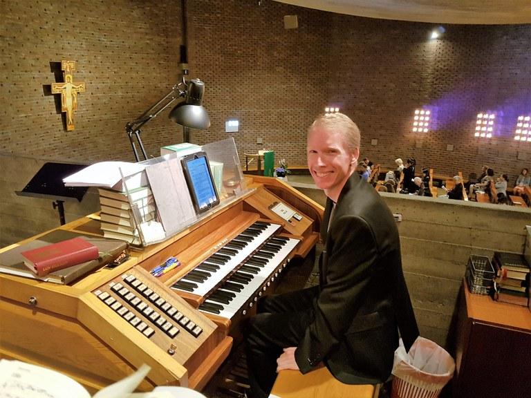 Xavier Fourny - Organist St. Hallvard.jpg