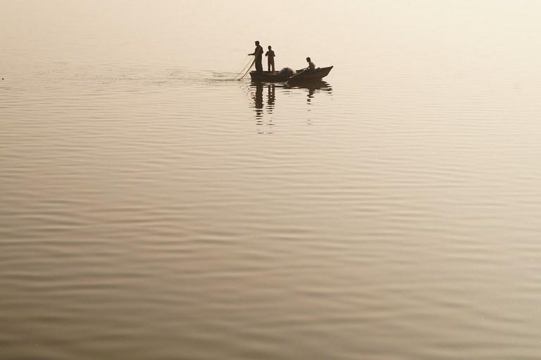 fishing-427910_960_720.jpg
