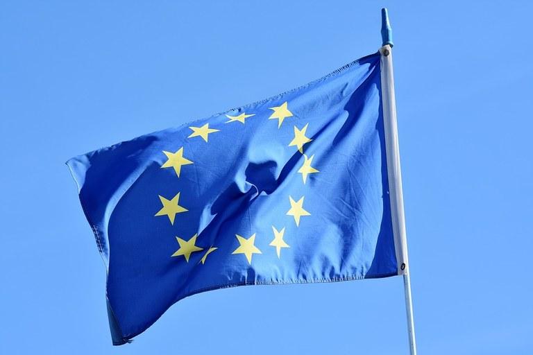 flag-3370970_960_720.jpg