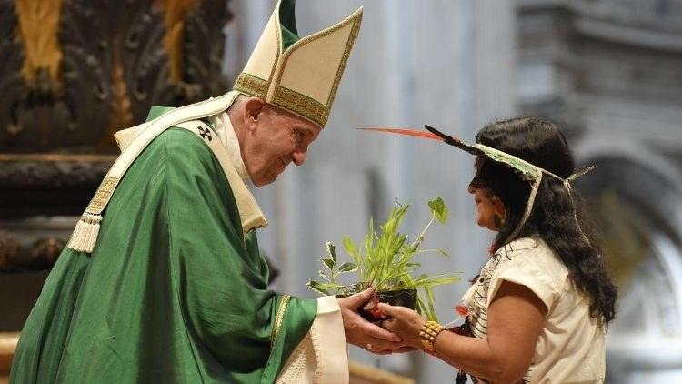 Pope Francis Amazonas.jpeg