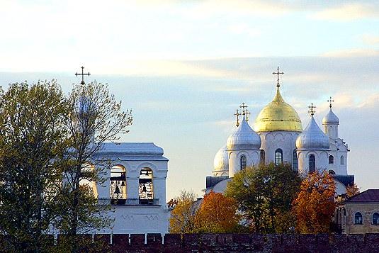 Novgorods Visdomskatedral (med klokketårn) ble fullført under Ingegerds sønn Vladimir (Valdemar). Katedralen huser relikviene til både Ingegerd og sønnen.