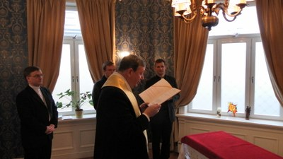 Biskopen velsigner sscc kapell
