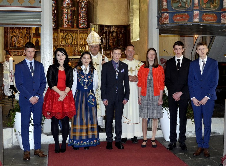 Ferming i Trondenes kirke