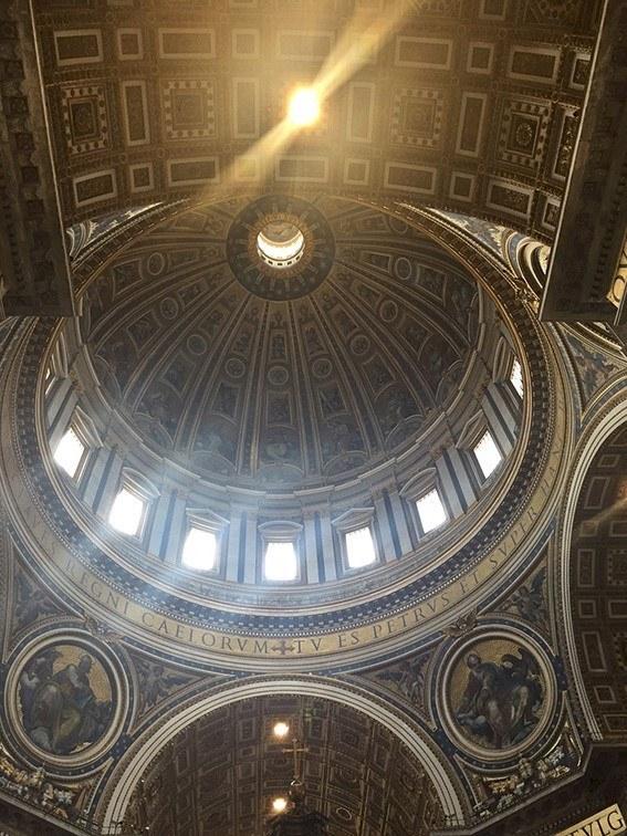 Kuppel St. Peterkirken.jpg