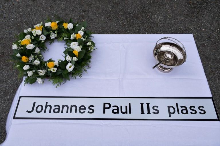 Johannes Paul IIs plass - vigsling-1.jpg
