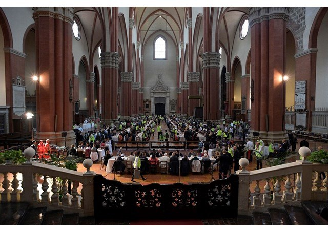 San Petrino basilika - Pave Frans.jpg
