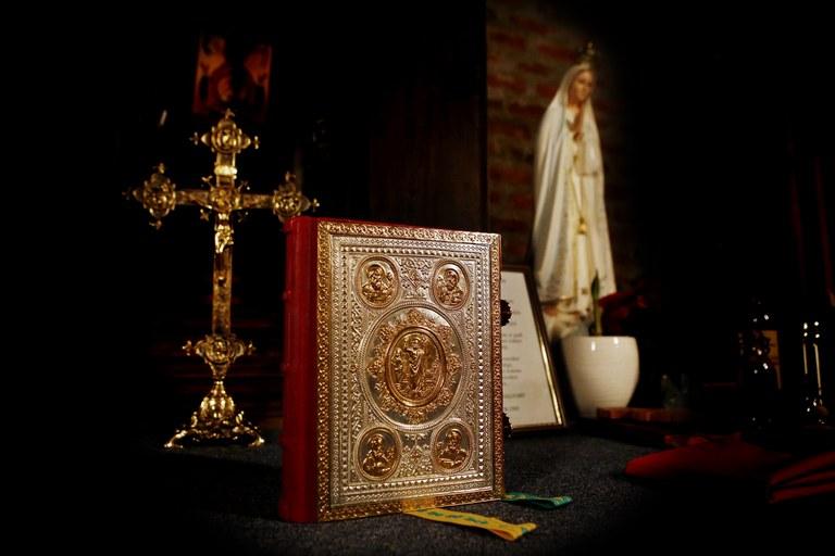 Messebok St. Hallvard med Maria.jpg