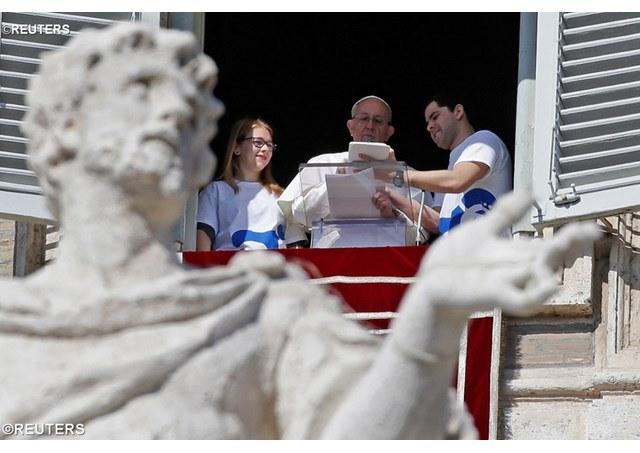 Pavens angelus verdensdagen for de syke.JPG
