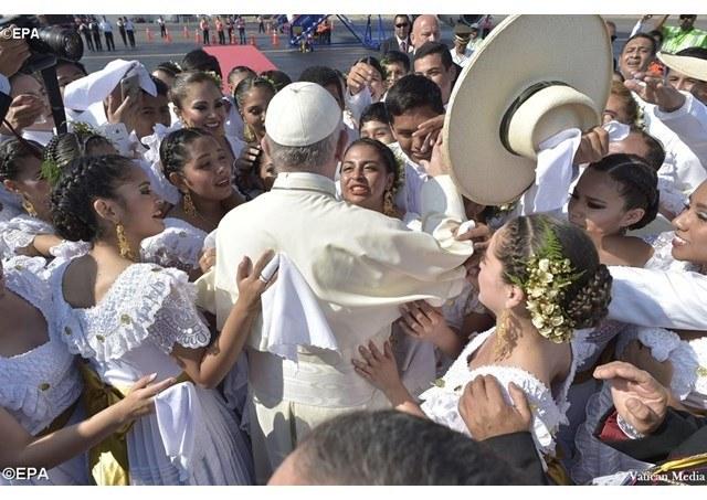 Pave Frans og kvinnene.jpg
