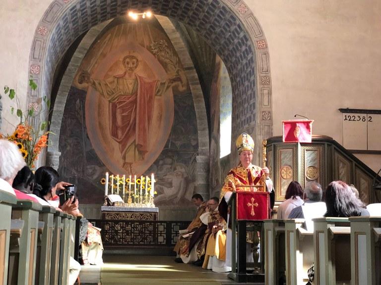 biskopen preker stiklestad.jpeg