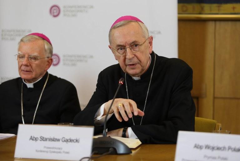 Erkebiskop Stanislaw Gadeki.jpg