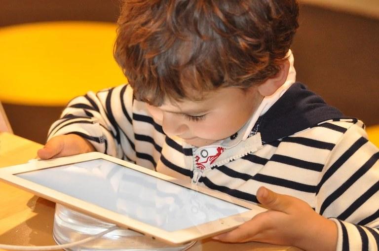 child-1183465_960_720.webp