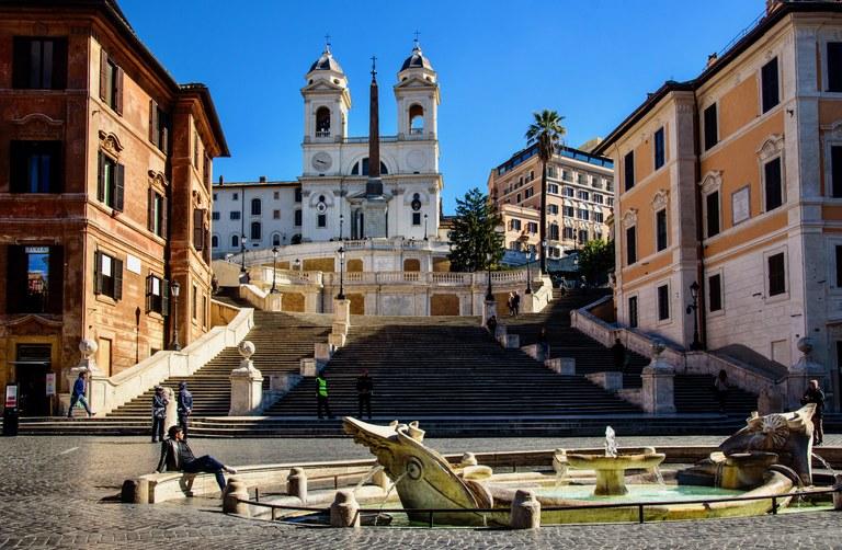 Roma virus 12.jpeg