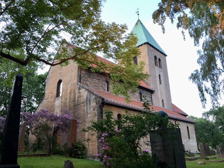 Gamle Aker kirke.jpeg