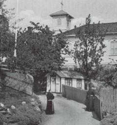 Fransiskanerne begynte sitt moderne virke i Norge på idylliske Tyholmen i Arendal